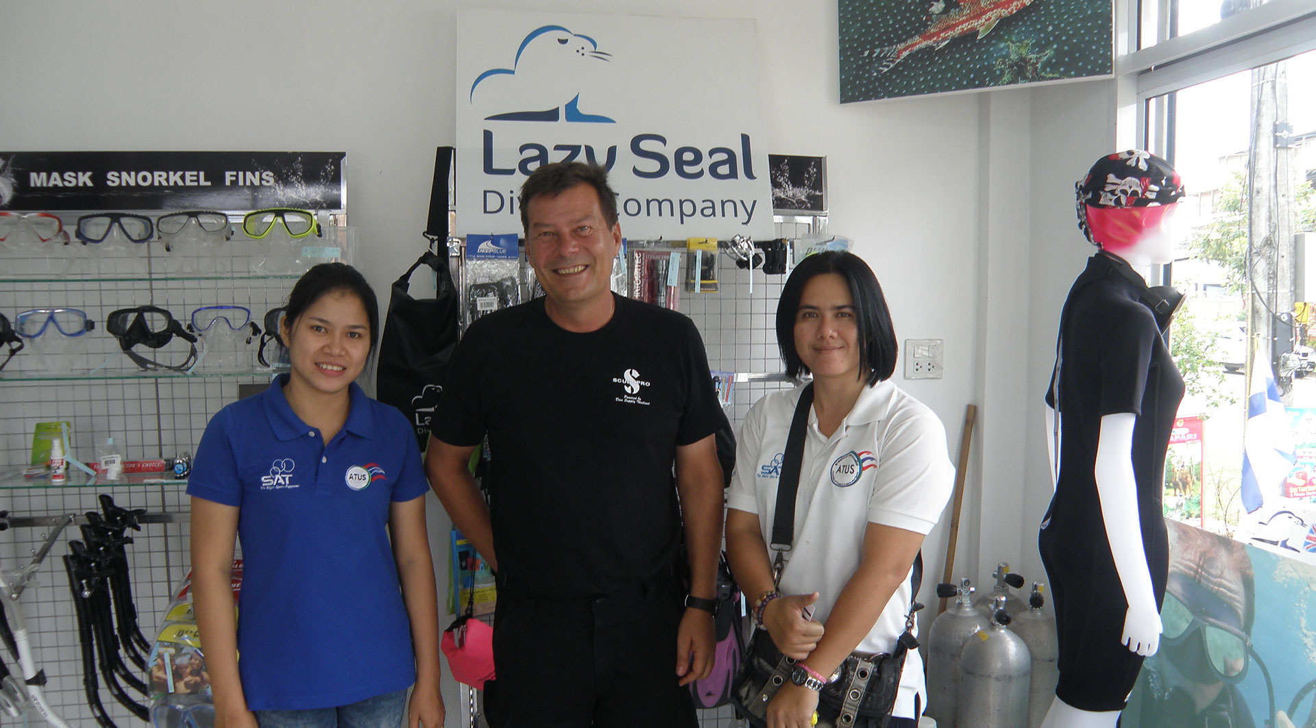 On December 18, 2015 Visit Dive shop at kohlanta, Krabi